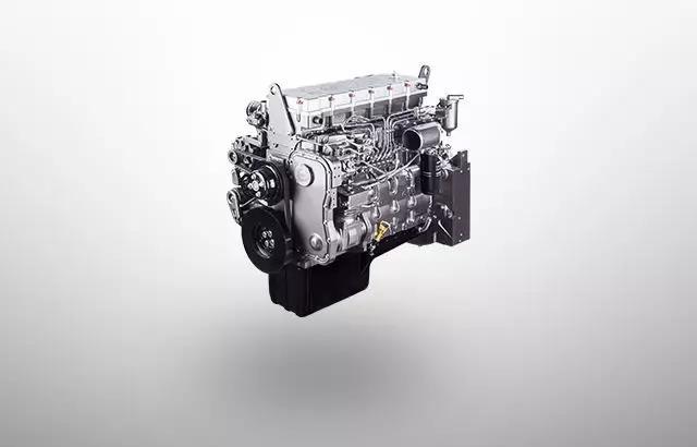 上柴e系列发动机最高动力可达480马力,跑起来毫不费劲,即使遇到